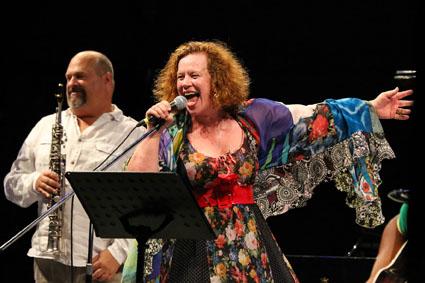 1 Sarah Jane IMG_3749-MUSICASTELLE2013 - Sarah-Jane Morris (foto Enrico Romanzi)