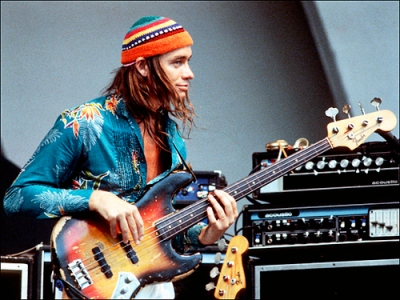 Jaco+Pastorius++live+on+stage+w