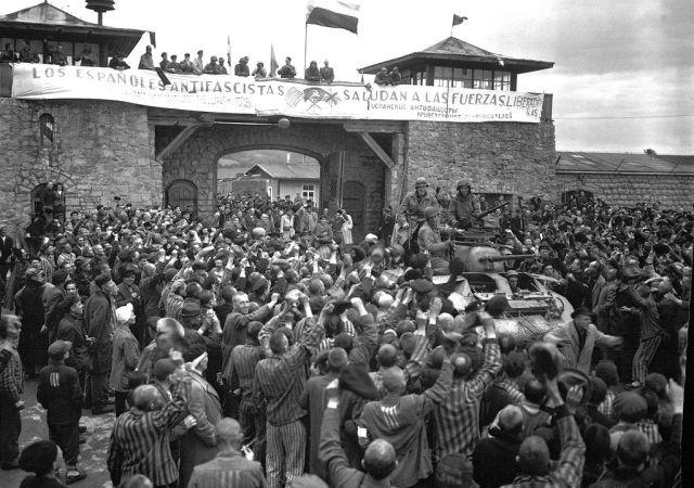 1024px-KZ_Mauthausen.jpg